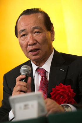 日本電動式遊技機工業協同組合 里見治理事長